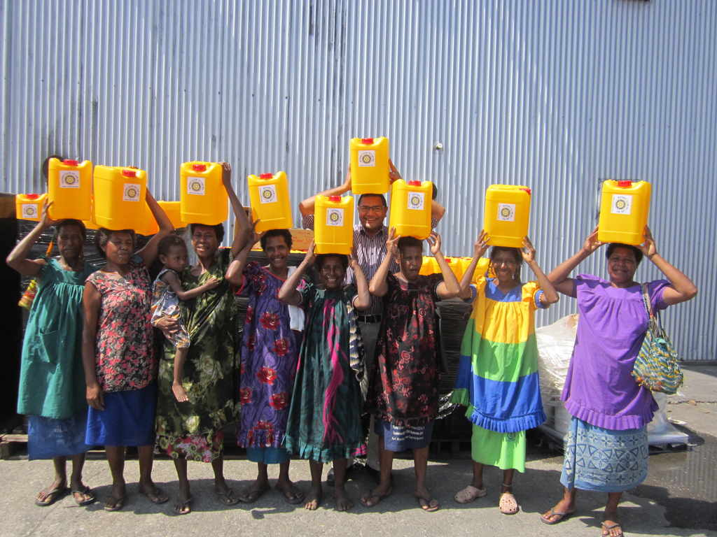 Mothers of Labu receiving much needed Water Containers